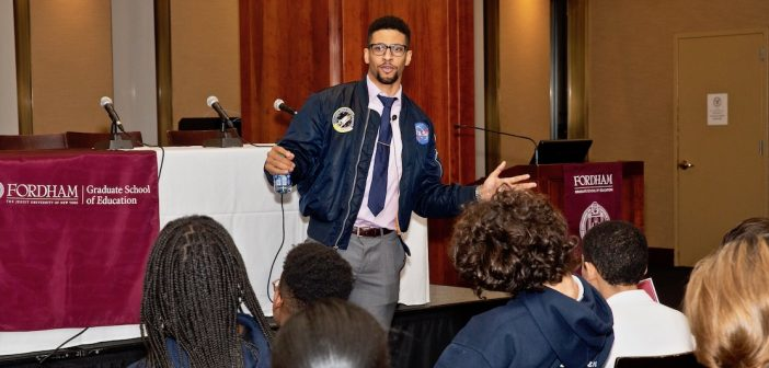 """Justin Shaifer, """"Mr. Fascinate"""", Shares Secrets About Bringing STEM Education Into the Classroom"""